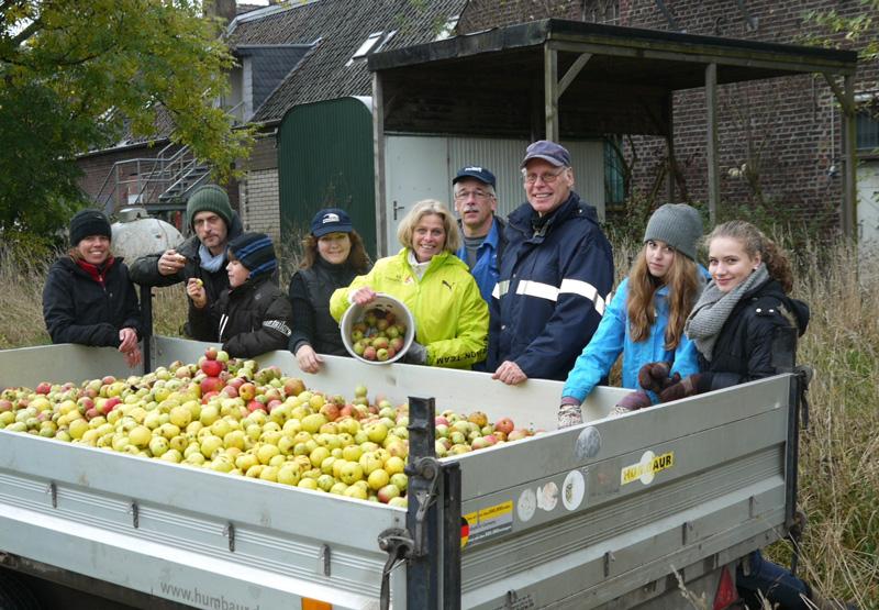 Apfelernte im Krebelshof