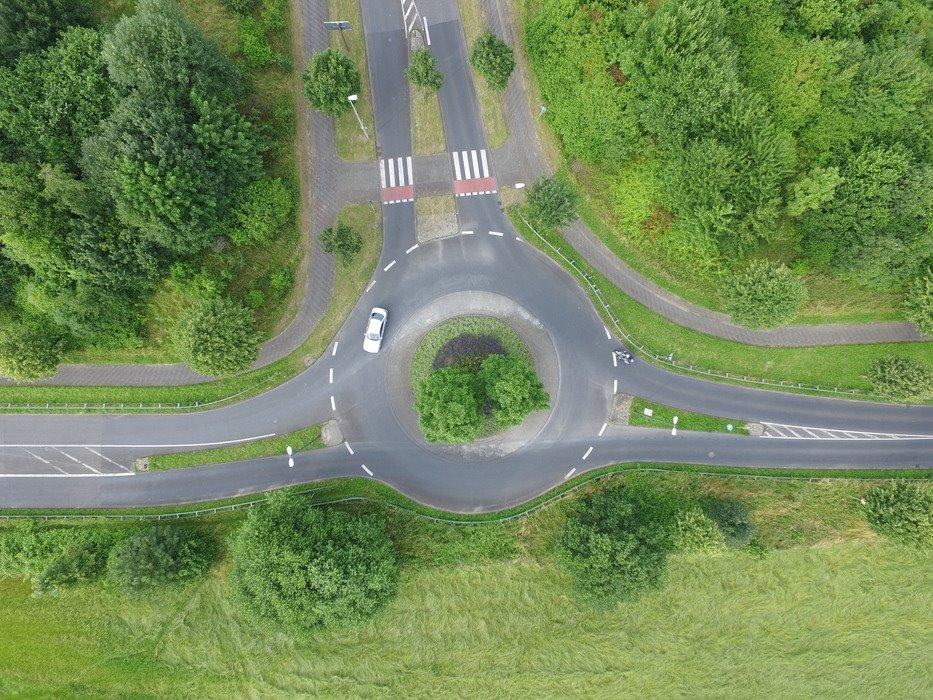 Bauarbeiten an Kreisverkehren
